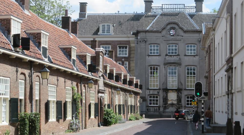 Kameren, kloosters en schuilkerken